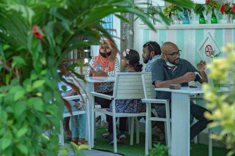 Fihaarathakaai restaurant thah hulhuvaafai behettey vaguthu madhu koffi