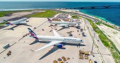 Russia in anna touristun ithuruve, Aeroflot ge dhathuru thah 8 ah