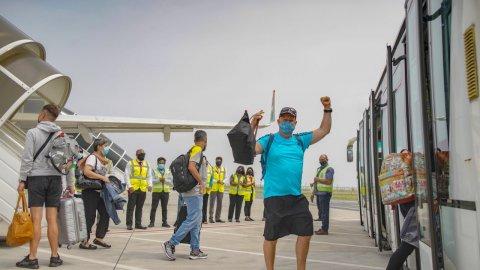 Air Seychels  aai Kazakstan ge Air Astana in Raajje ah