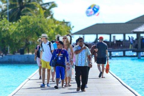 Resort thakuge muvazzafunge 3%  meehun Covid vaccine nujahaa eba thibi