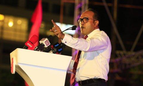 Vazeeraku suspend kurumakee qaanoonu asaasee aa khilaafu kameh: Dr.Jameel