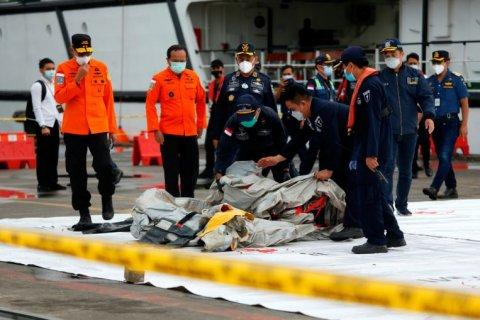 Indonesia vehtunu boat ge kalhu foshi oi than dheneganevijje