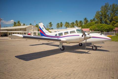 Flying School hingan 13 kunfunyakun shauguverikan faalhukohfi