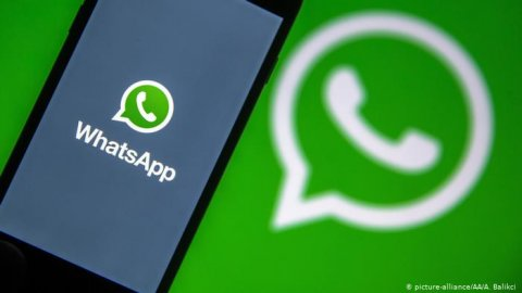 Whatsapp in faadu kiyun amaazu viyas aa privacy policy aaeku kuriyah